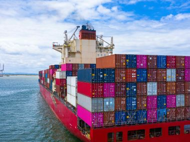 Broker warns exporters and importers to take swift action on insurance
